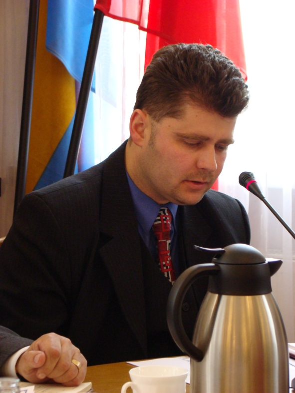Prezes Stowarzyszenia Euroregionu Pradziad Radosław Roszkowski prezentuje zadania Euroregionu