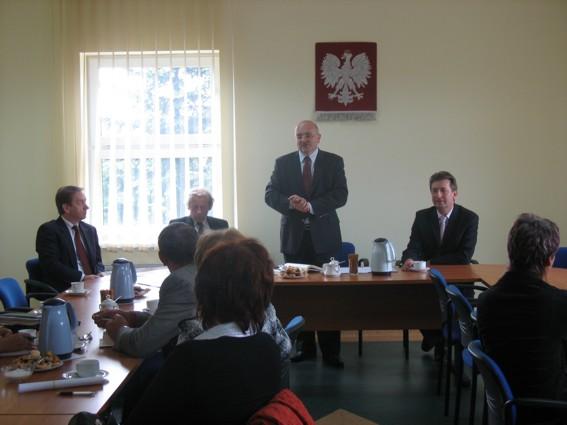 Starosta Powiatu Kędzierzyńsko-Kozielskiego na spotkaniu z przedstawicielami lokalnych społeczności