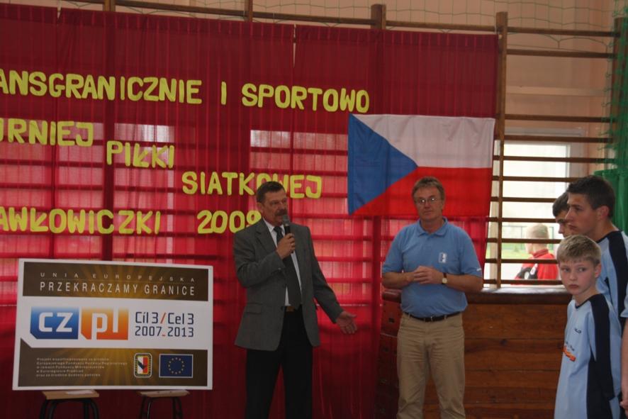 Zakończenia i podsumowania turnieju dokonali Wicestarosta Marek Matczak oraz Burmistrz Svetlej Hory Vaclav Vojtisek