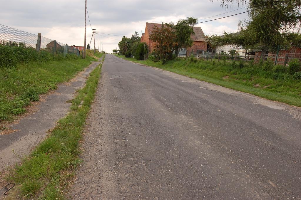 Droga powiatowa 1211 O na odcinku Gościęcin-Karchów (4).jpeg