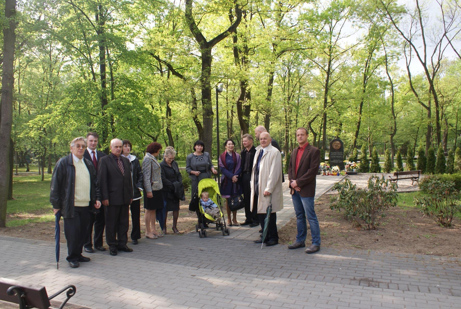 Pamiątkowe zdjęcie Radnych Rady Powiatu Kędzierzyńsko - Kozielskiego