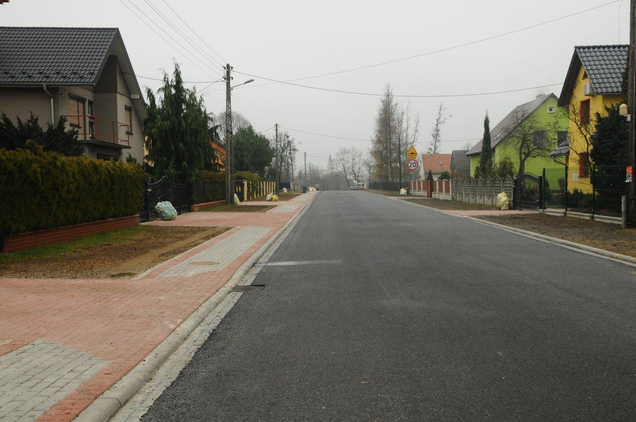 Ulica Mickiewicza po przebudowie.jpeg