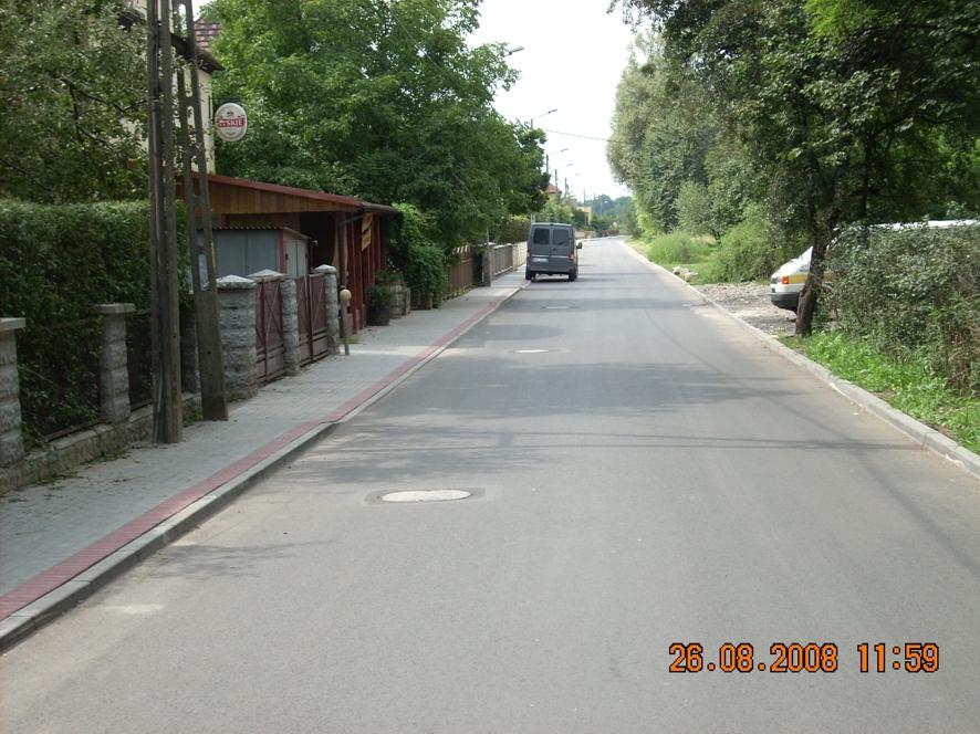 Wyremontowany chodnik przy ulicy Kochanowskiego w Koźlu