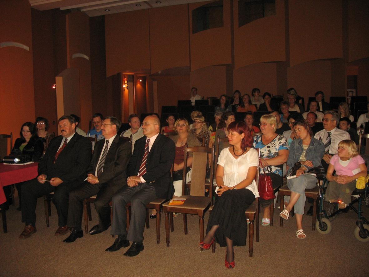 Uczestnicy konferencji inaugurującej projekt