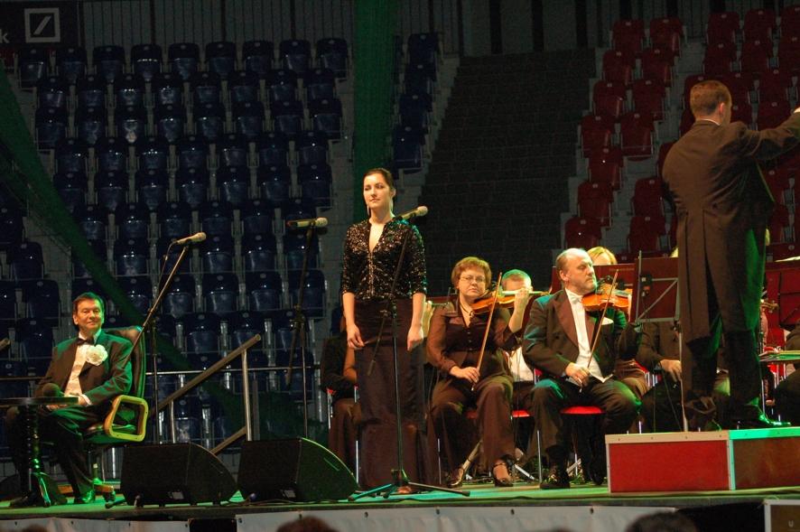 Utalentowana mieszkanka powiatu kędzierzyńsko - kozielskiego Patrycja Sołga wystapiła również samodzielnie. Zdobyła uznanie Bogusława Kaczyńskiego