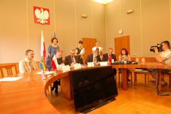 Podpisanie umowy na budowę mostu w Cisku-1.jpeg