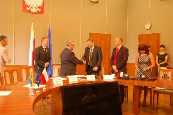 Podpisanie umowy na budowę mostu w Cisku-4.jpeg