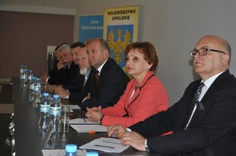 Biznes, samorząd, nauka – konferencja w Zakrzowie1.jpeg