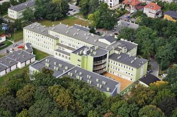 foto szpitala duże.jpeg