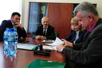 Podpisanie umowy na budowę mostu w Cisku A.jpeg